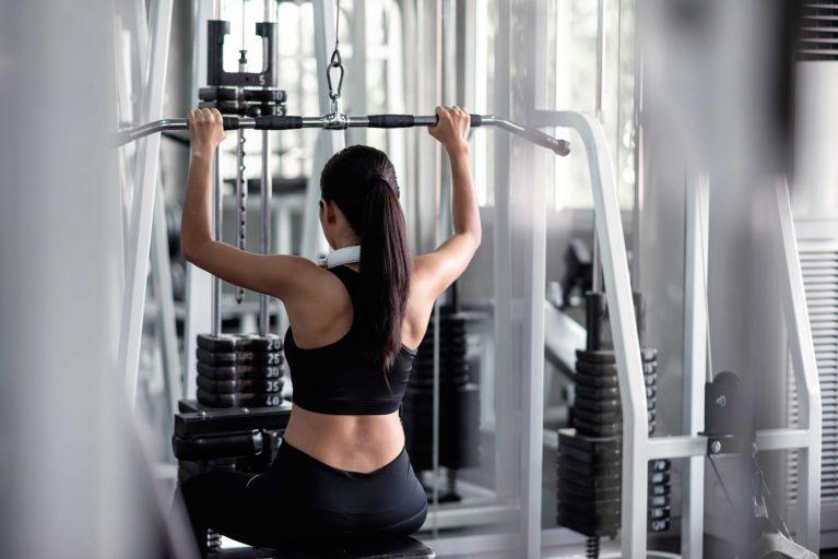 travail sur banc de musculation